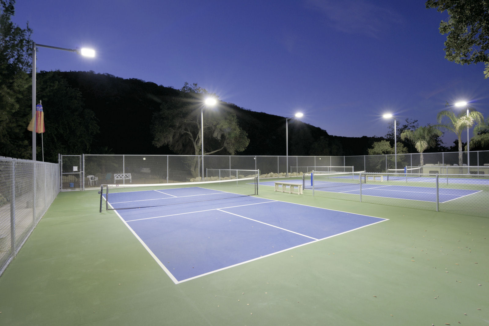 Brite court tennis lighting led tennis lighting for indoor outdoor led pickle ball lighting at ge club workwithnaturefo